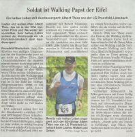 soldat-ist-walking-papst